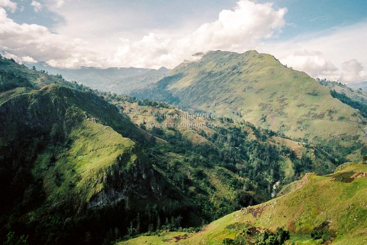 Papua New Guinea: on the heights of Kundiawa