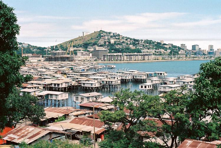 Reportage : village sur pilotis de Papouasie-Nouvelle-Guinée